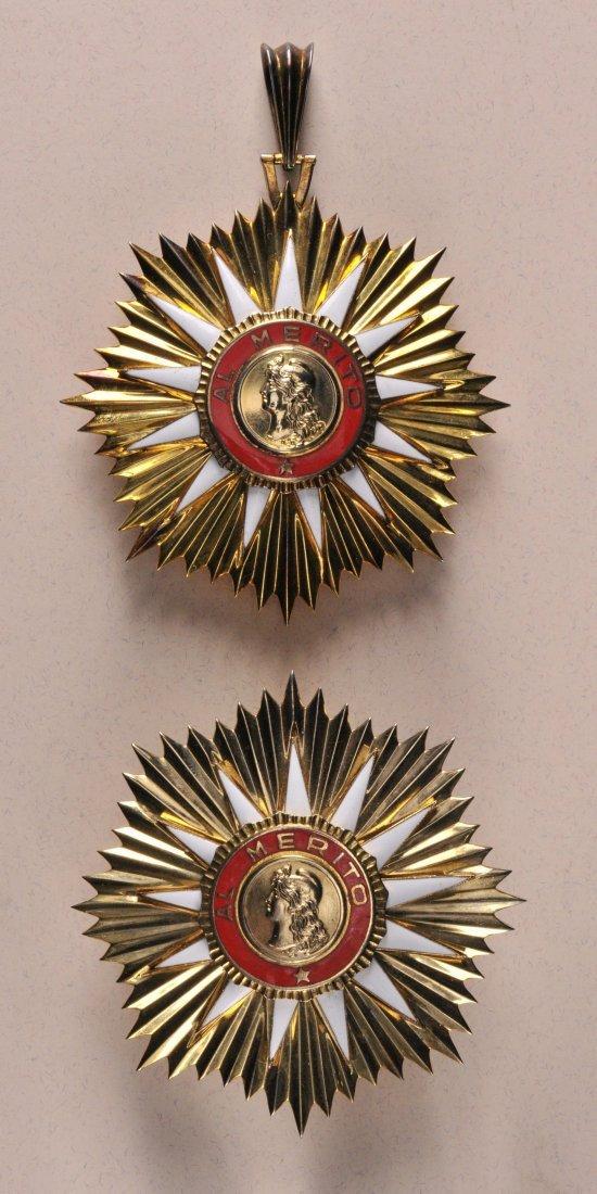 12: Mai-Orden für Verdienst  4. Modell (seit 1976)  Gro