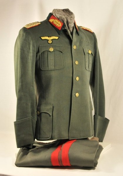 Army - Wehrmacht, uniform with trousers from the estade - 2