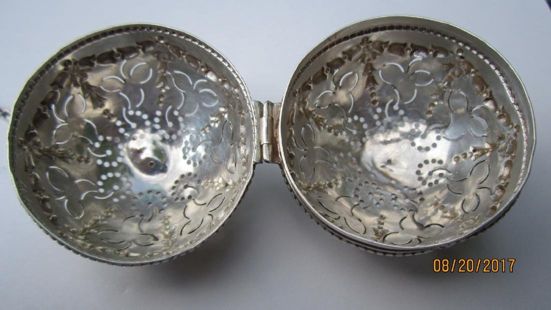 GREAT STERLING TEA STRAINER - VERY ORNATE HALLMARKED - - 2
