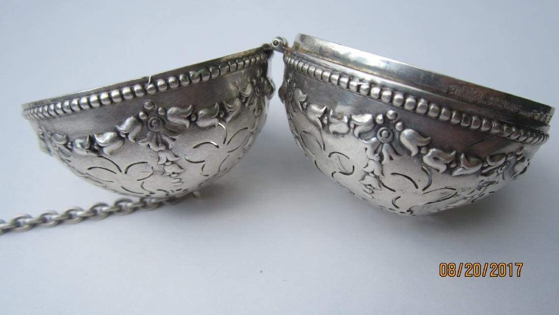 GREAT STERLING TEA STRAINER - VERY ORNATE HALLMARKED - - 3