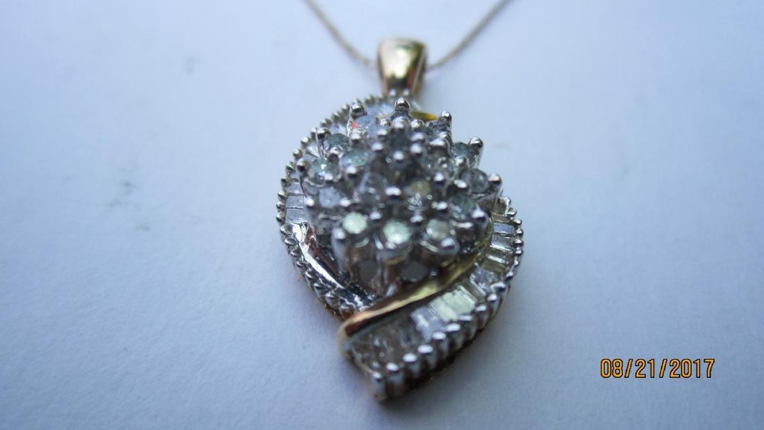 NICE 10K 18 INCH CHAIN WITH MULTI DIAMOND 10K PENDANT -