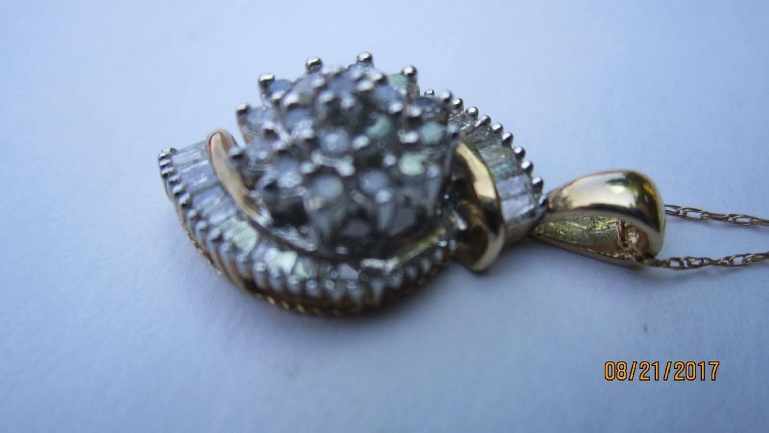 NICE 10K 18 INCH CHAIN WITH MULTI DIAMOND 10K PENDANT - - 2