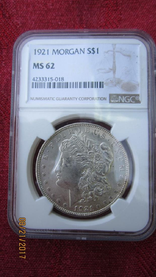 1921 MORGAN SILVER DOLLAR MS62 GRADED NGC IN CASE - 2