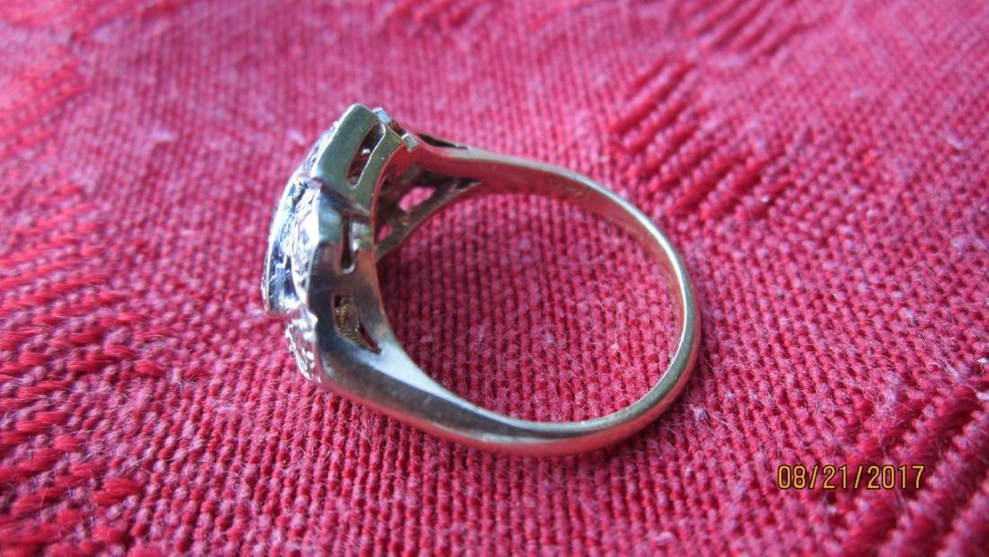 FABULOUS 14K RING WITH 11 DIAMOND TOTAL - DIAMONDS - 2