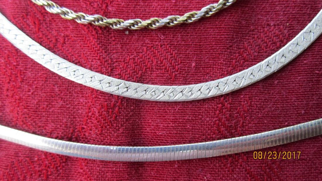 LOT OF 3 STERLING NECKLACES  - EXC. COND. IN A GUCCI - 2