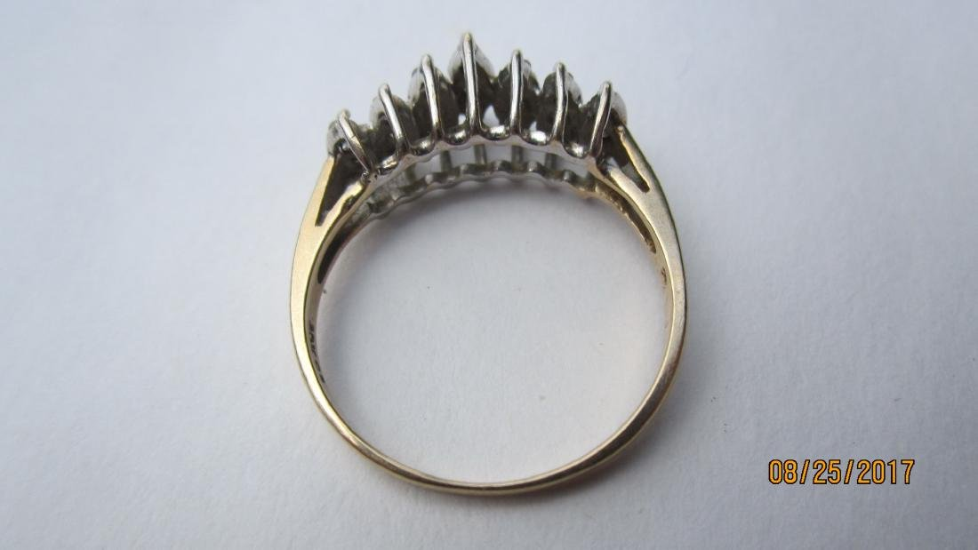 NICE 10K RING WITH 21 DIAMONDS - SIZE 7 3/4  - EXC. - 3