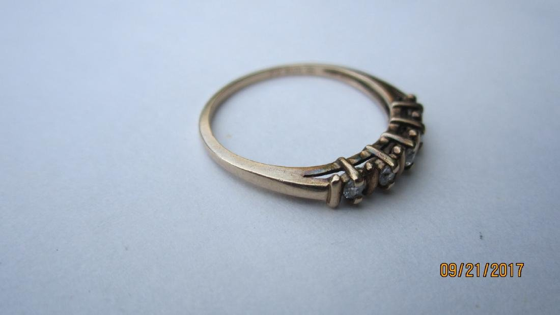 10K RING WITH 5 CZ SIZE 7.25 EXCELLENT CONDITION - 4