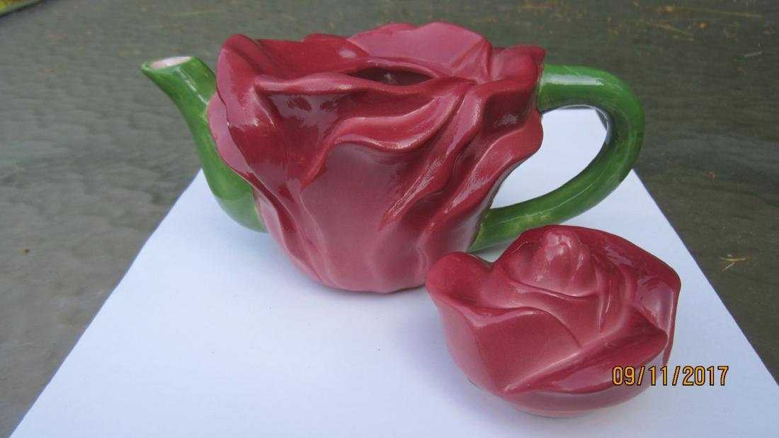 NICE CUT ROSE TEAPOT - 7 INCHES WIDE - 4.5 INCHES TALL - 2