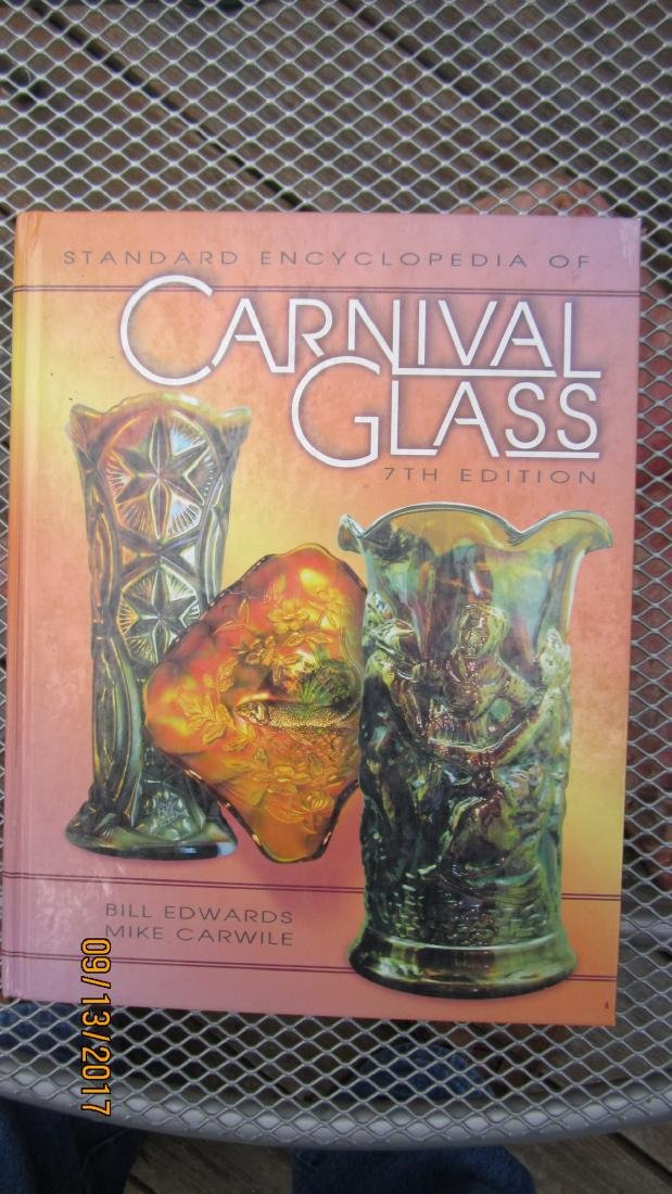 THE ENCYCLOPEDIA OF CARNIVAL GLASS 495 PAGES   - EXC.