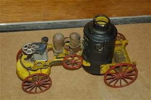 GREAT FIRE PUMPER - IRON & TIN - BELL RINGS AS IT M