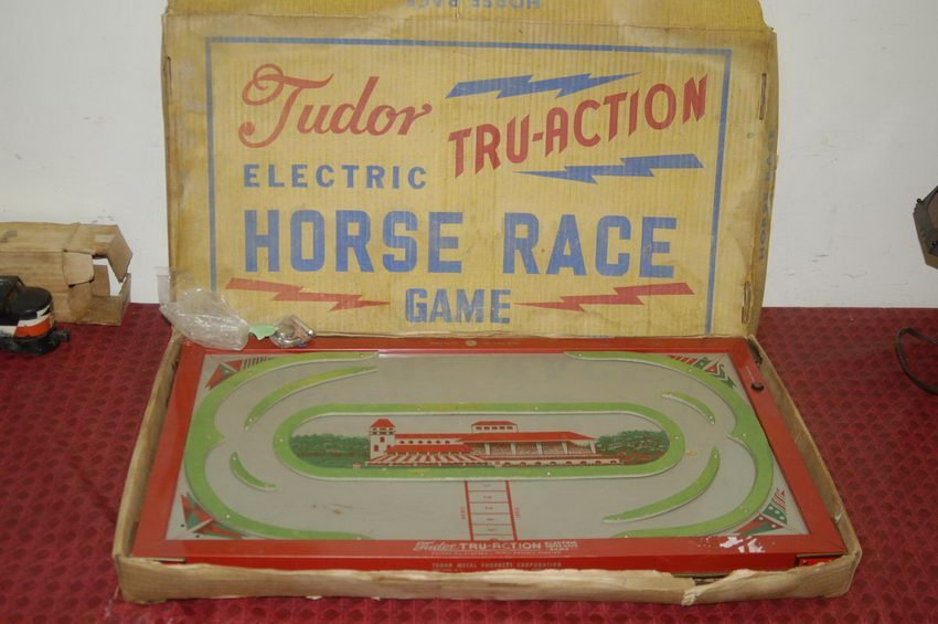 5: TUDOR ELECTRIC TRU-ACTION HORSE RACE GAME