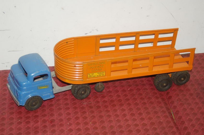 11: STRUCTO TOY TRUCK