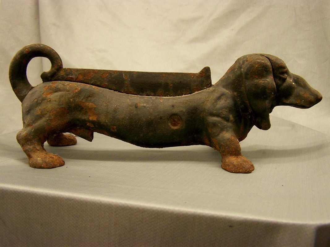 2: IRON DOG BOOT SCRAPER
