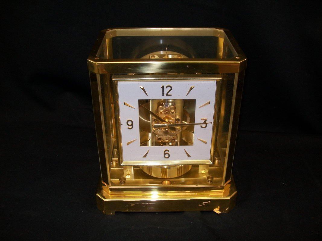 65: LE COULTRE ATMOSPHERE CLOCK - RUNS GREAT