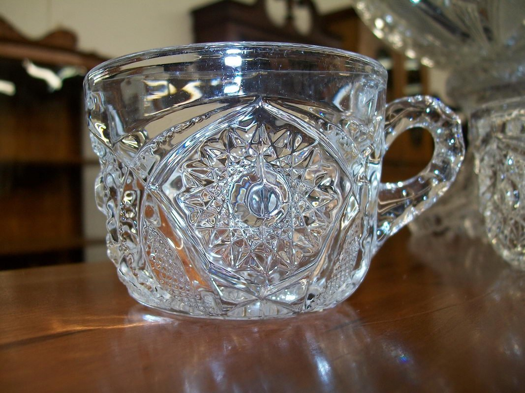 157: 8 PIECE PRESSED GLASS PUNCH BOWL SET - 2