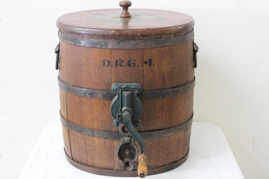 10A: GREAT GERMAN BUTTER CHURN COMPLETE WITH ORIGINAL P