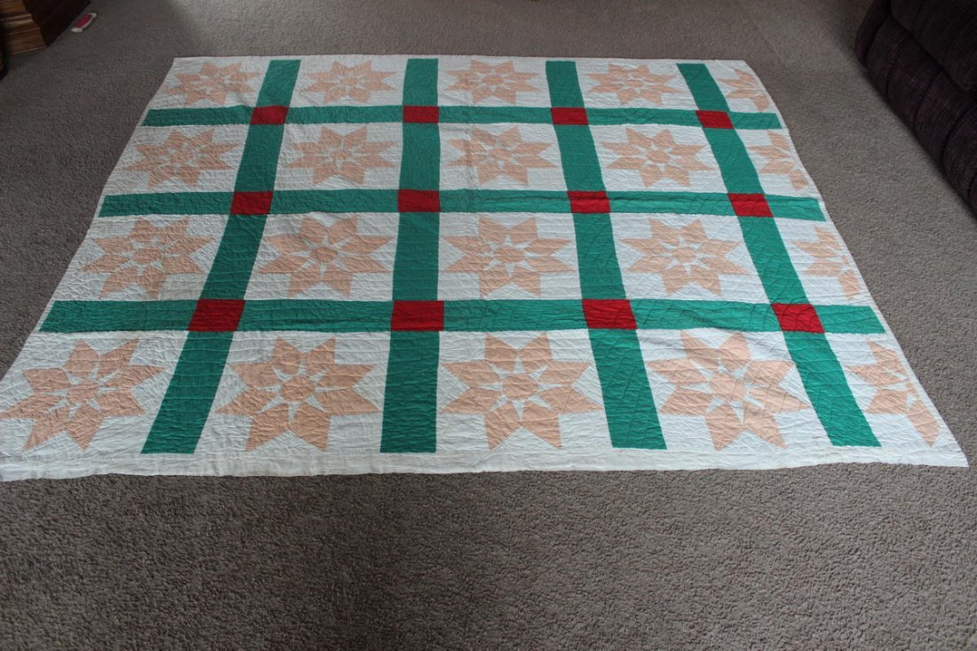 10: FULL SIZE QUILT - GOOD CONDITION