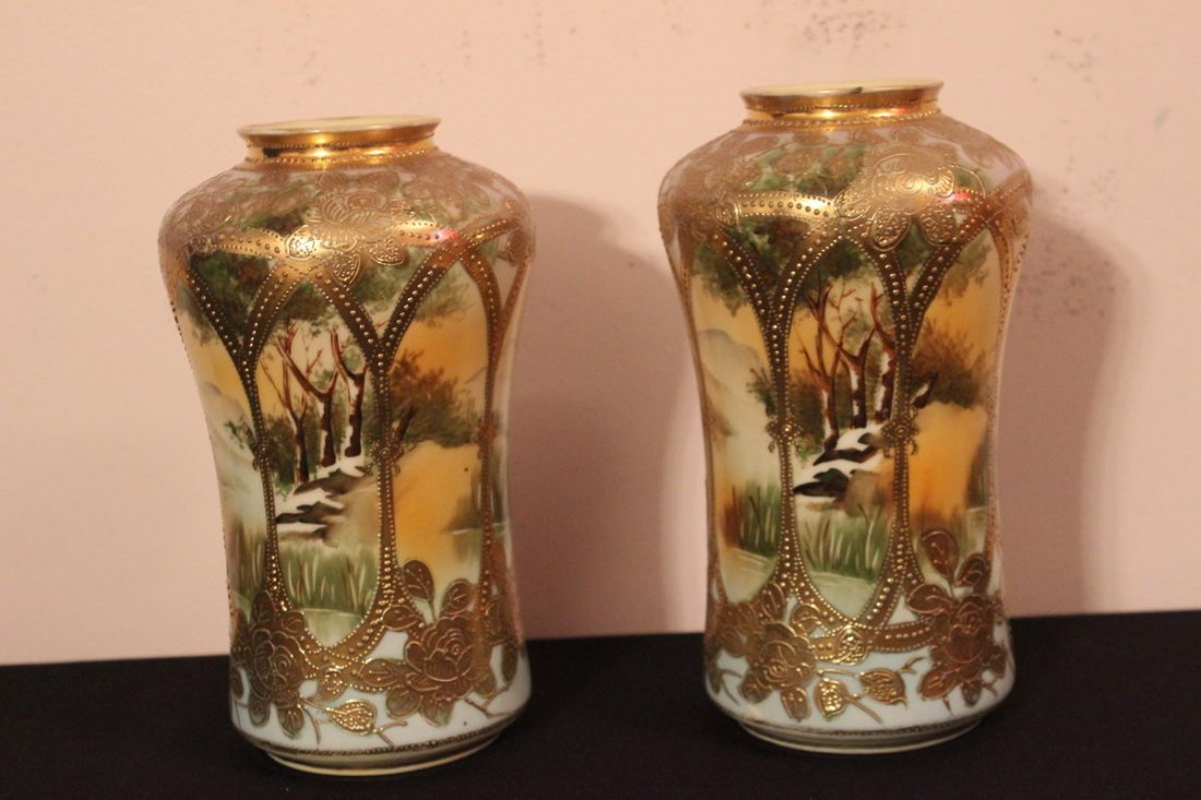 19: BEAUTIFUL MATCHING PAIR OF NIPPON VASES IN BLUE - M