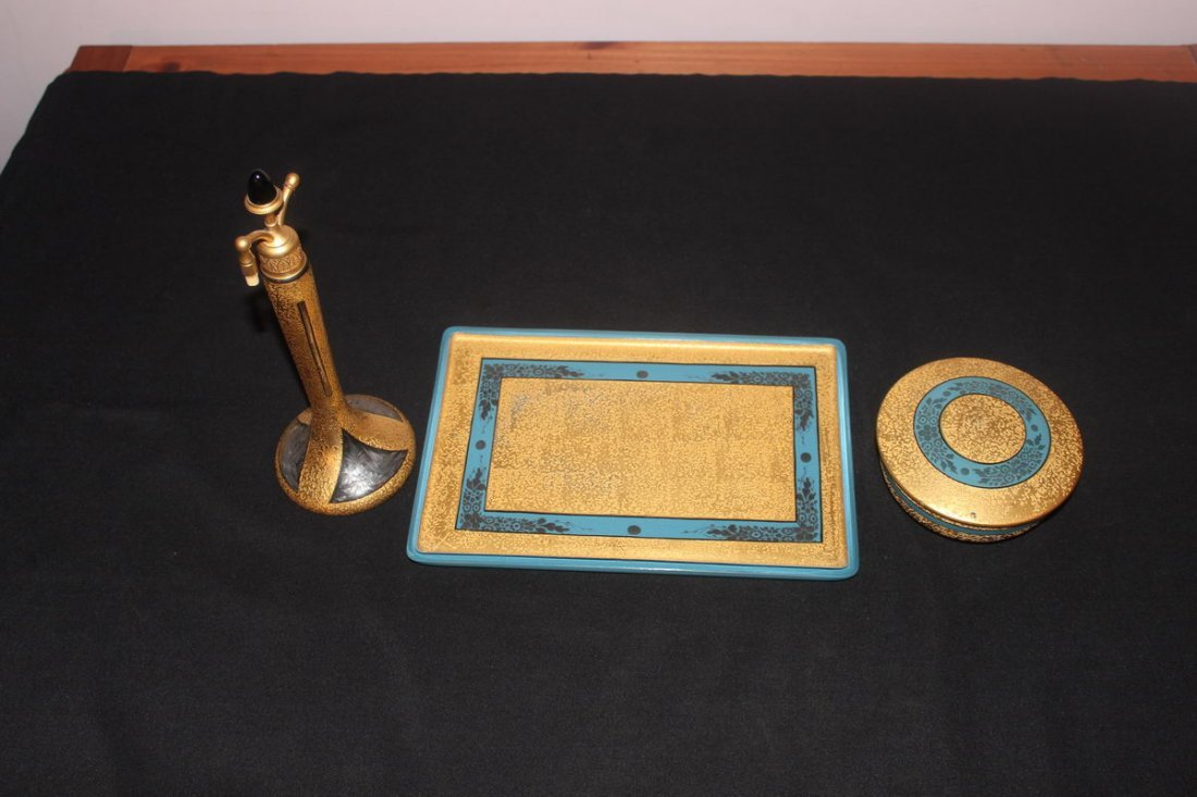 9: TRIMMED IN GOLD GREAT DECO STYLE DRESSER TRAY - POWD
