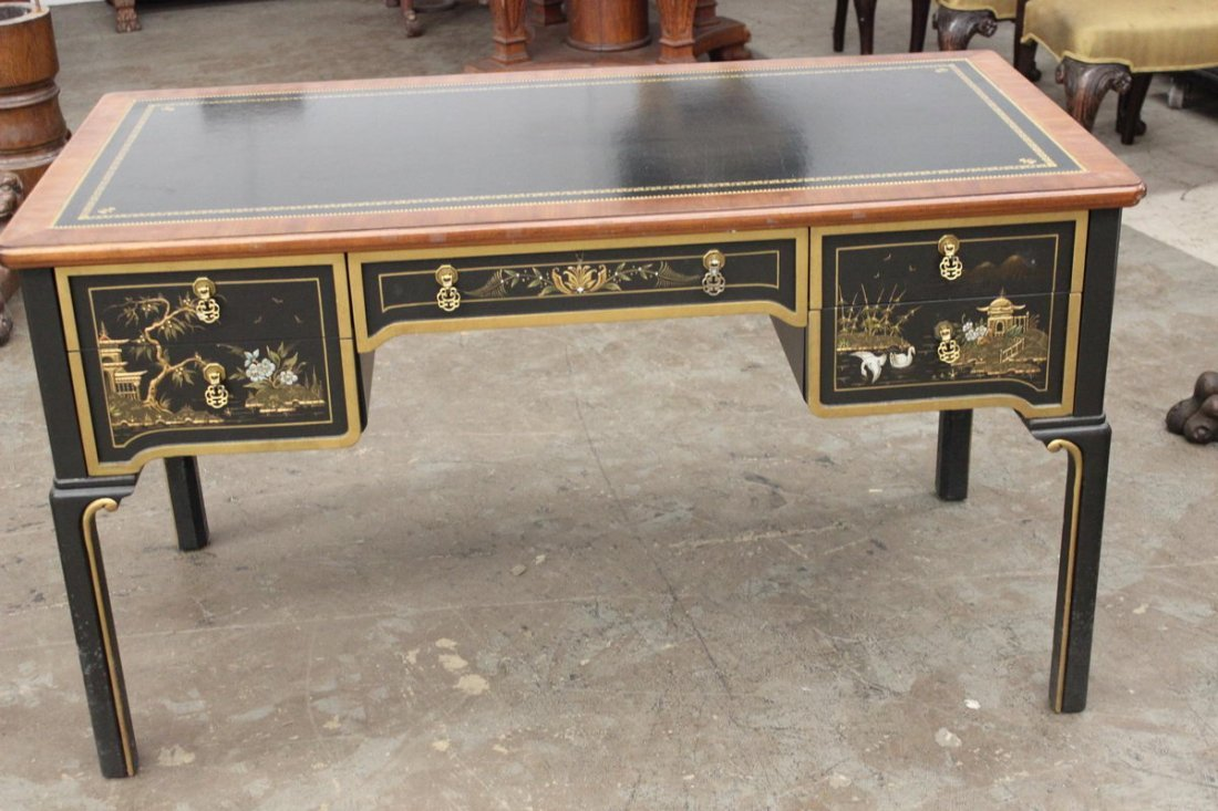 19: BEAUTIFUL ORIENTAL STYLE DESK WITH LEATHER TOP BY S