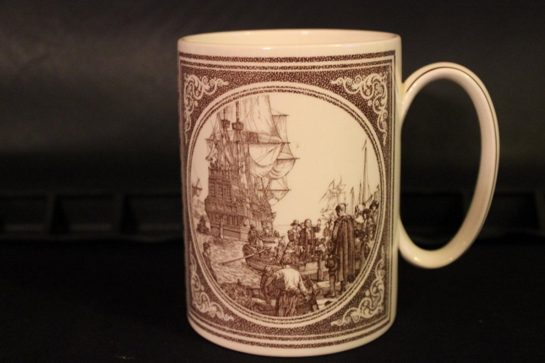 WEDGWOOD MAYFLOWER MUG MINT