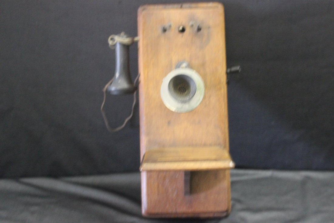 OAK CRANK TELEPHONE - WORKS BUT MISSING BELL