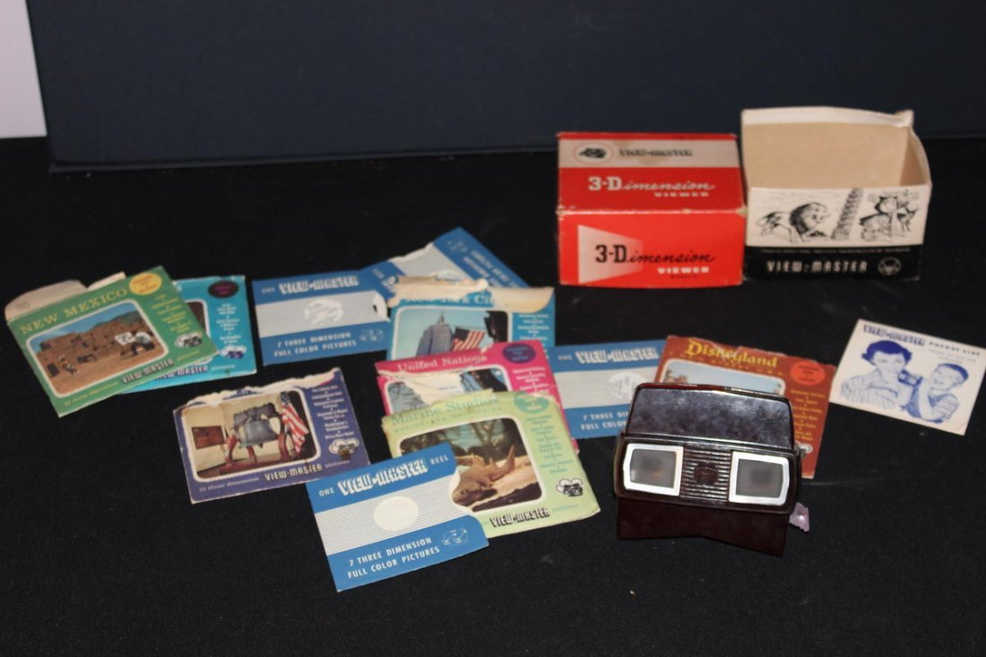 3 DIMENSION VIEWER VIEWMASTER APPROXIMATELY 20 REELS 19