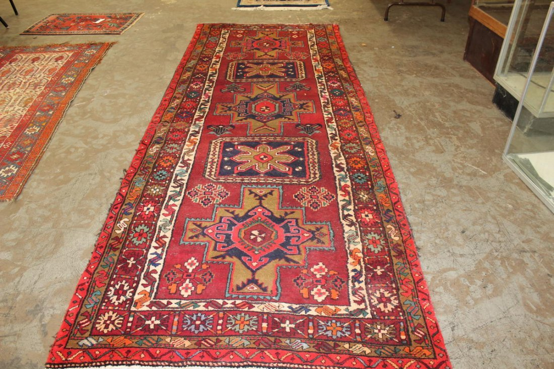 """GREAT ANTIQUE PERSIAN RUG NEAR MINT 4'11"""" THICK PILE"""