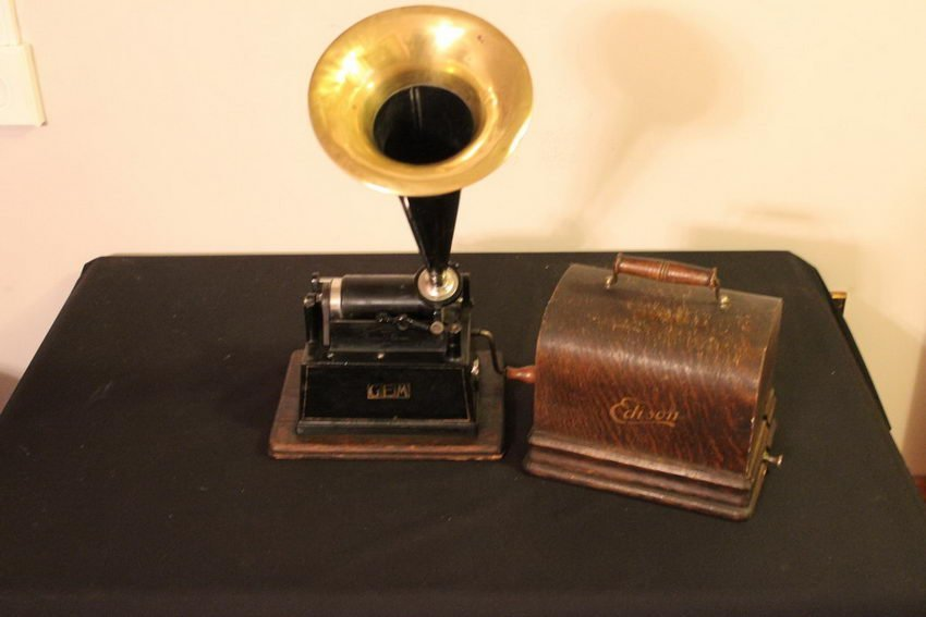 GREAT EDISON GEM CYLINDER PLAYER IN ORIGINAL CONDITION