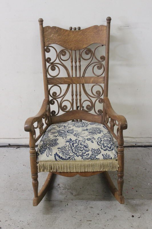 BEAUTIFUL OAK ROCKER WITH DESIGNED BACK ALL MINT AND