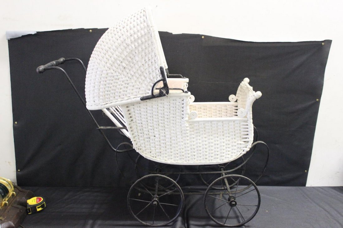 VERY NICE WICKER/IRON BABY CARRIAGE COMPLETE NO BREAKS