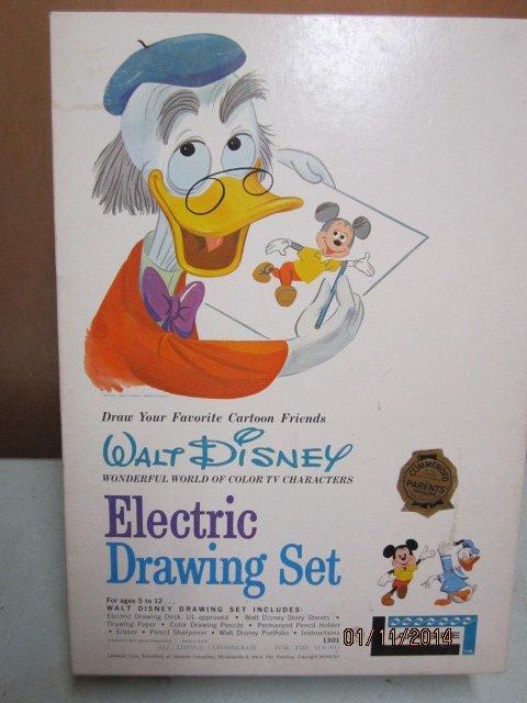 WALT DISNEY ELECTRIC DRAWING SET IN ORIGINAL BOX BY
