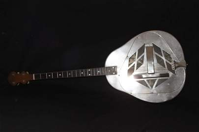 RARE HARD-TO-FIND 1930S NATIONAL 4 STRING RESONATOR