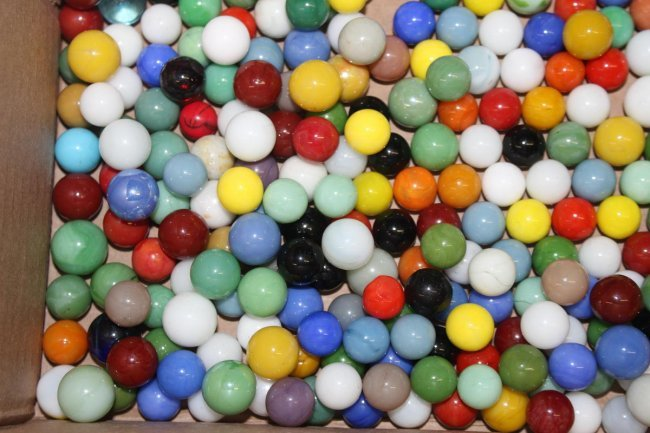Solid Color Marbles : Hundreds of machine made solid color marbles mint lot