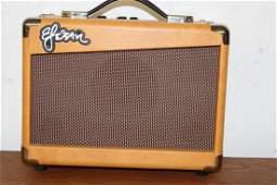 ESTEBAN G-10 GUITAR AMP WORKS GOOD 12 X 6 X 9.5