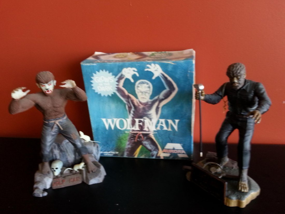 AURORA GLOW IN THE DARK LOT W/OTHER WOLFMAN FIGURE