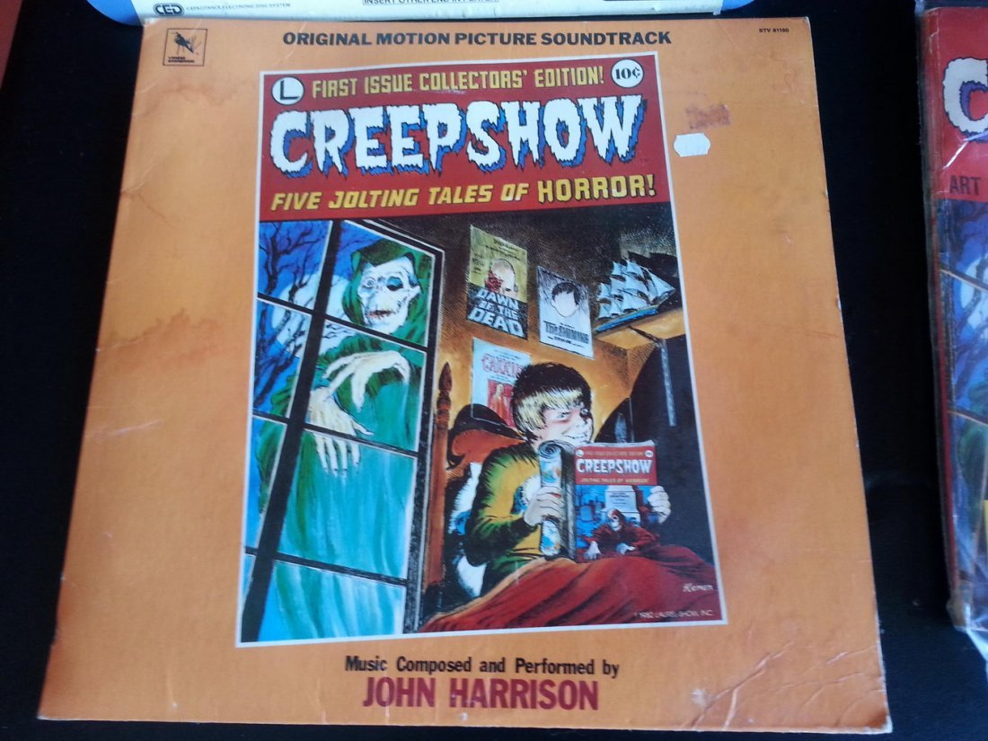 CREEP SHOW LOT TO INCLUDE FLUFFY MASK ,FILMBOOK,LAZER - 3