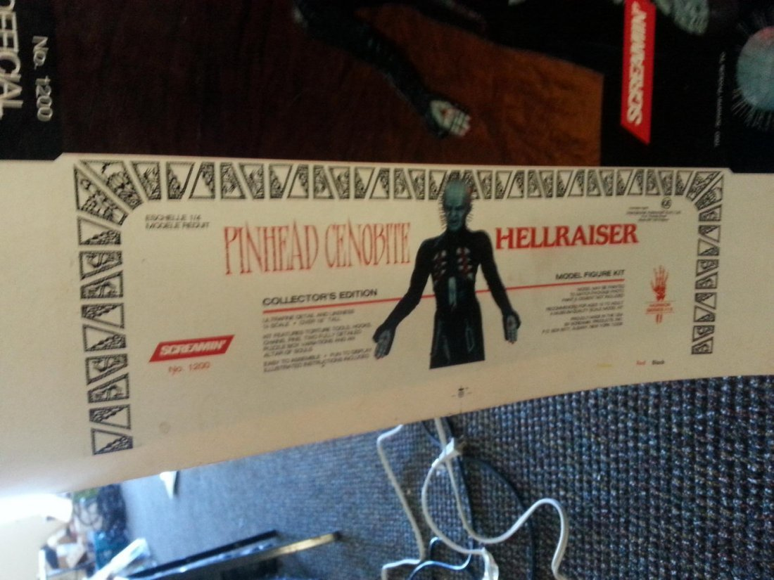 """SCREAMIN"" PINHEAD CENOBITE HELLRAISER MODEL KIT - BOX - 5"
