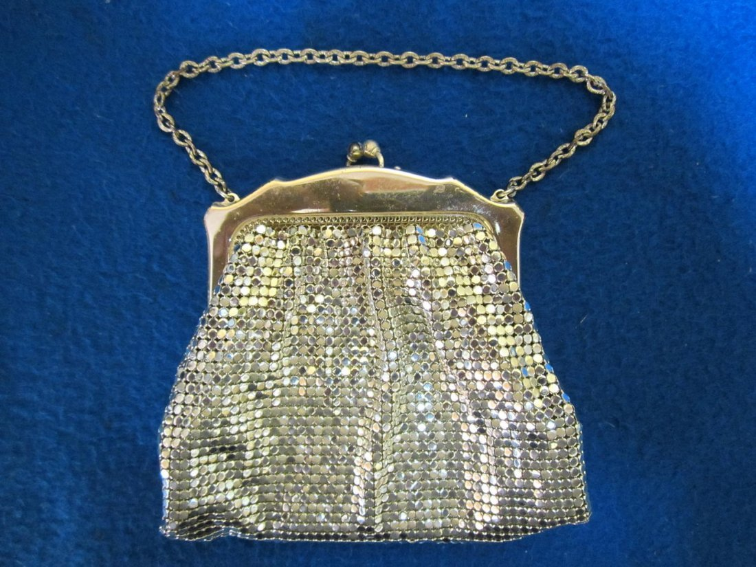 WHITING & DAVIS CO. MESH BAG NEVER USED AND IN THE