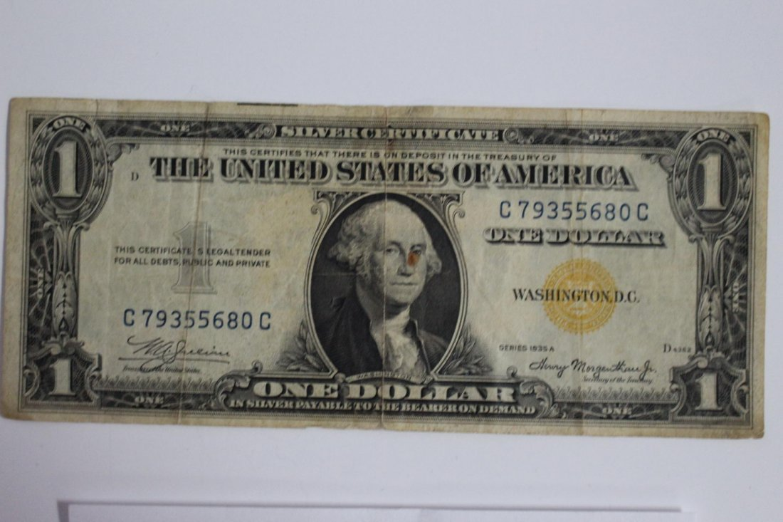 1935 – A SERIES ONE DOLLAR GOLD SEAL SILVER CERTIFICATE