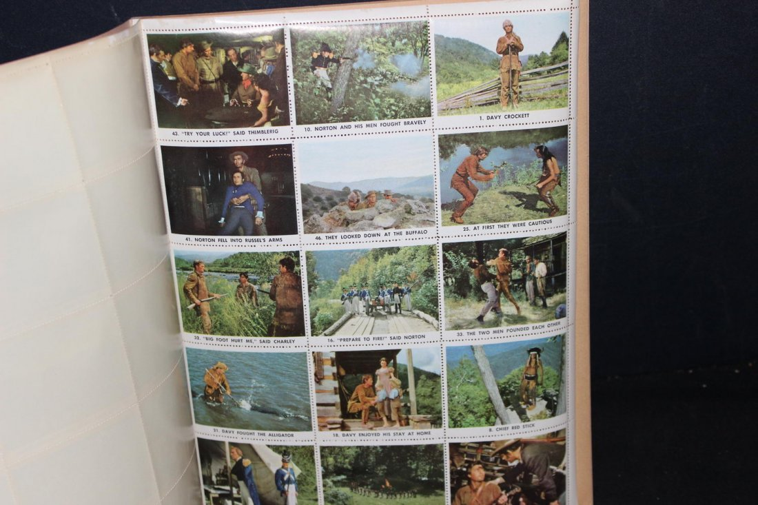 UNUSED AND COMPLETE DAVY CROCKETT STAMP BOOK NEAR MINT - 10