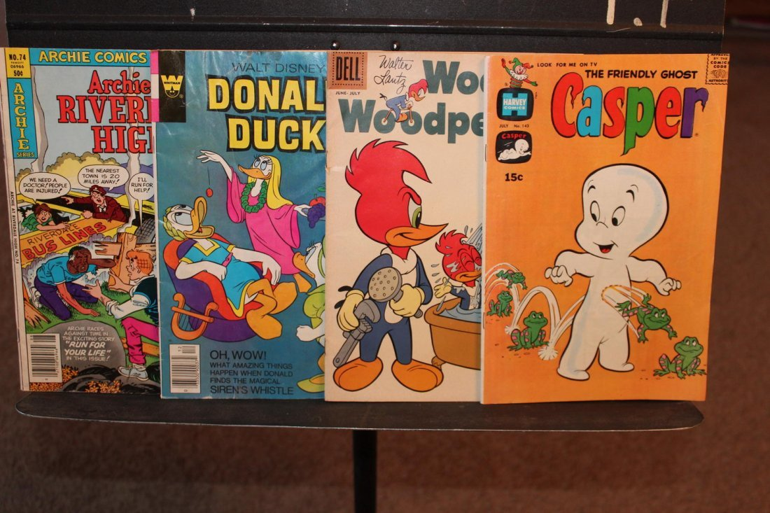 4 COLLECTIBLE COMICS CASPER 1970 WOODY WOODPECKER 1958-