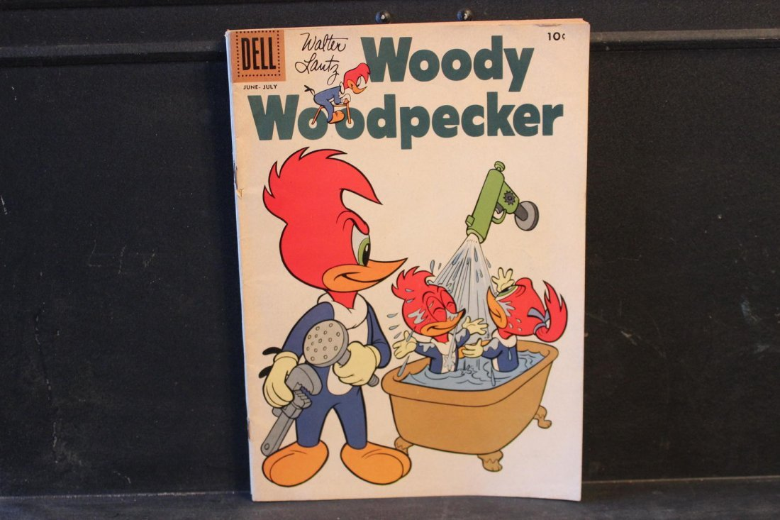 4 COLLECTIBLE COMICS CASPER 1970 WOODY WOODPECKER 1958- - 2