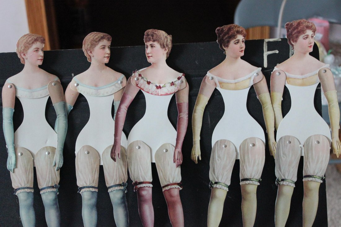 TURN-OF-THE-CENTURY PAPER CARDBOARD DOLLS MOVABLE LEGS