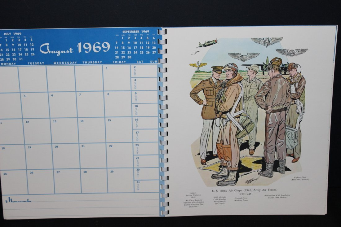 1969 MILITARY CALENDAR VERY COLORFUL - EXC. COND - 4