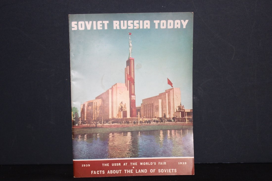 SUPER 78 PAGE MAGAZINE 1939 WORLD'S FAIR SOVIET RUSSIA