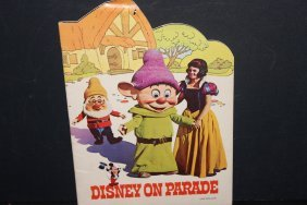 1971 Disney On Parade Booklet Very Colorful Pages Good