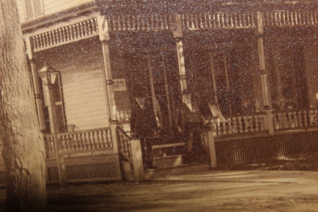 EARLY TURN-OF-THE-CENTURY PHOTO OF THE WHINNY HOUSE - 4