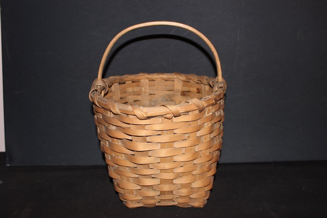 EARLY HANDMADE OAK STRAP BASKET WITH HAND WRAPPED SOLID