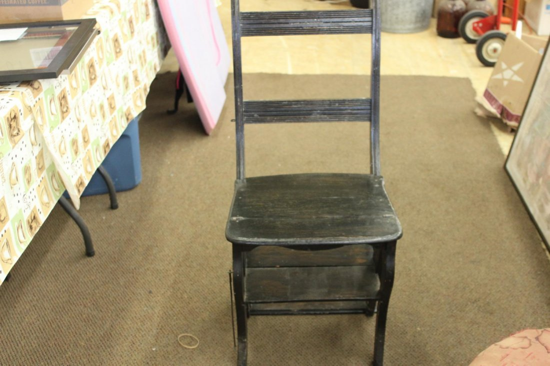 THIS NICE OAK CHAIR CONVERTS INTO A 4 STEP - STEP STOOL